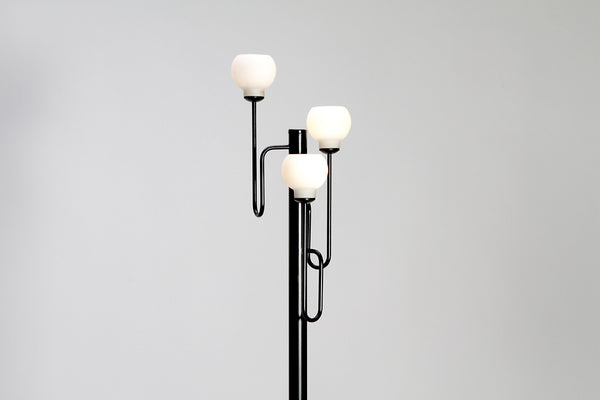 Tweedehands design HKA' Helsingin Kaasuvalo Glass Ball Floor Lamp