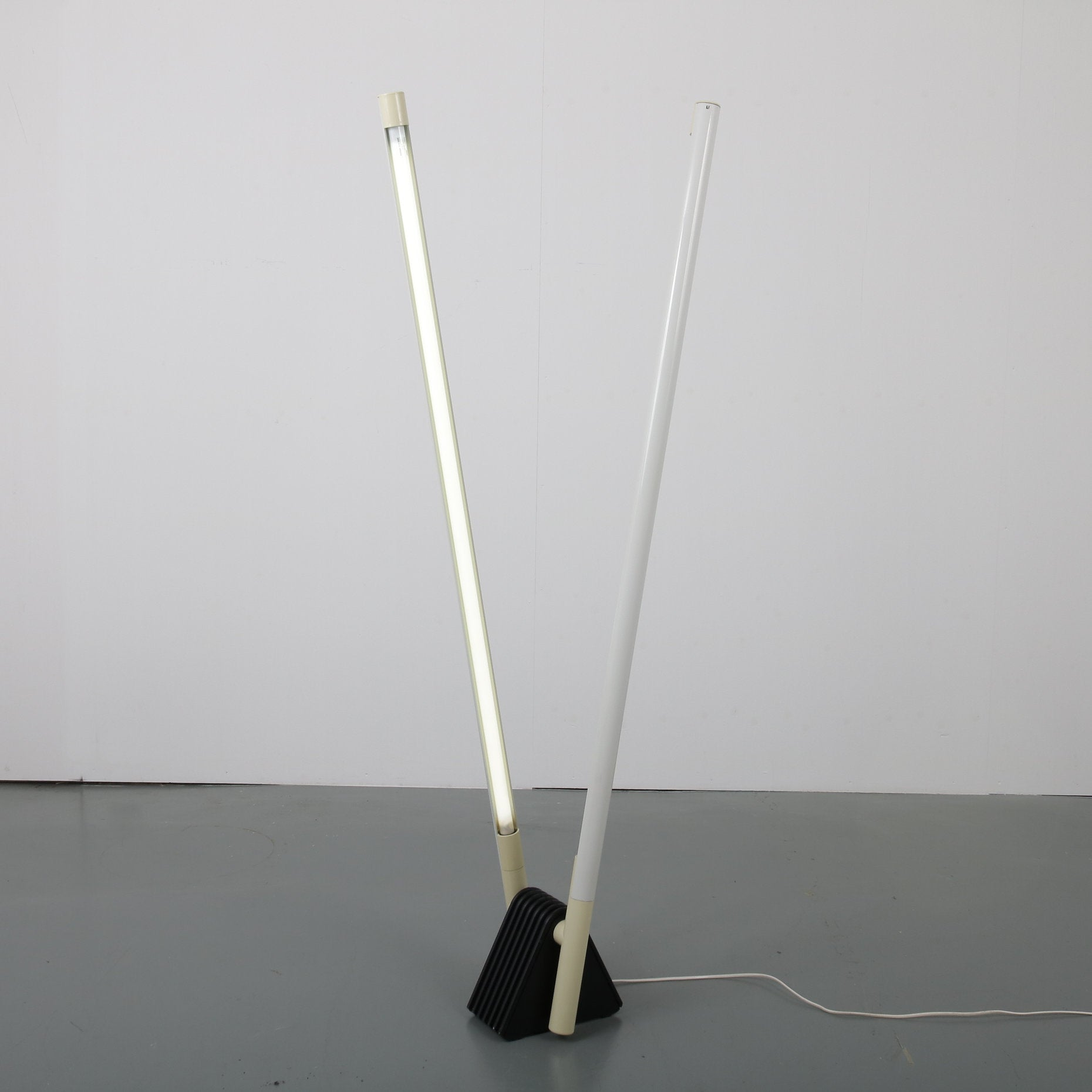 Tweedehands design Luci by Rodolfo Bonetto Sistema Flu Floor Lamp