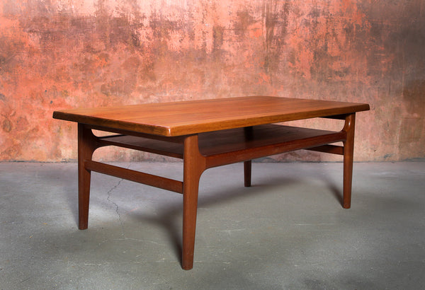 Tweedehands design Niels Bach, Vintage Coffee Table