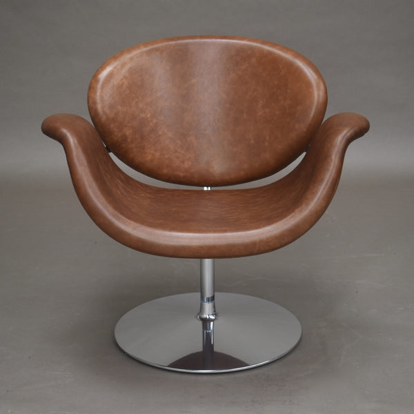 Tweedehands design Pierre Paulin for Artifort F594 tulip swivel midi chair