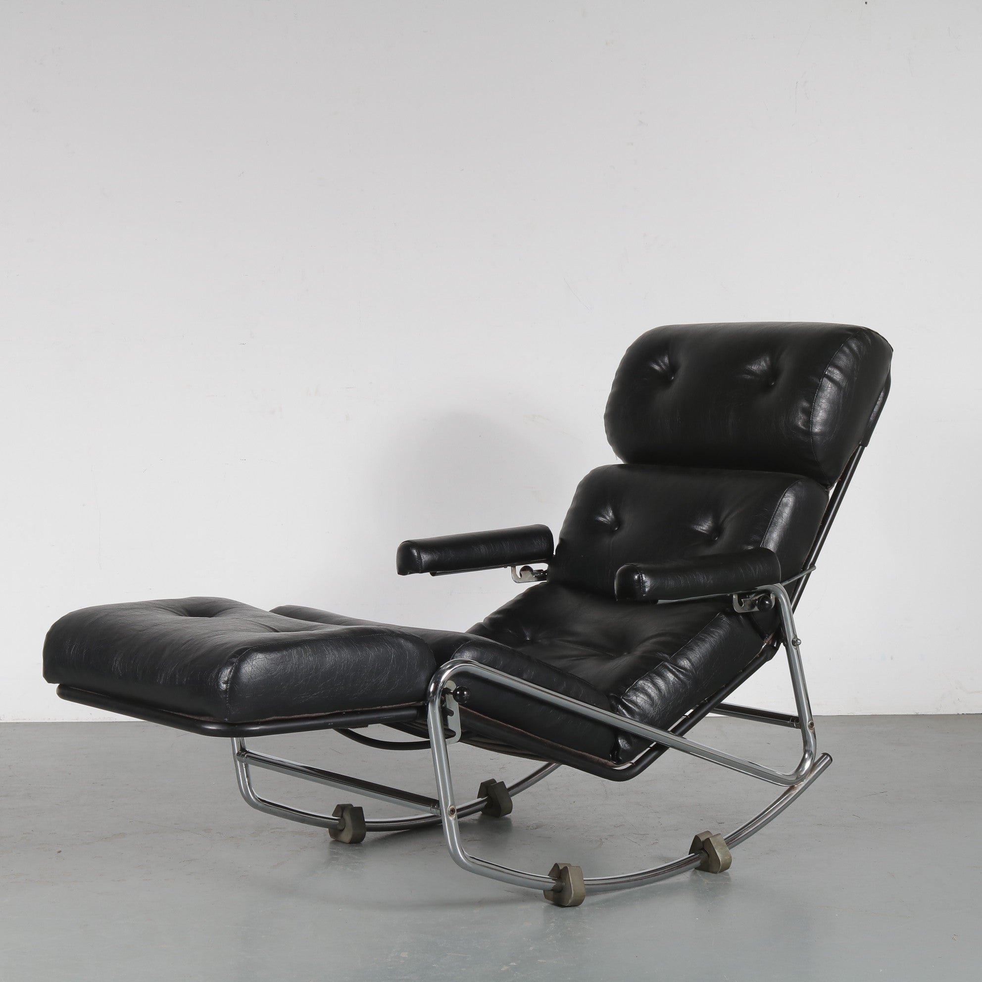 Tweedehands design Rocking Lounge Chair, attributed to Jacques Adnet from France 1970