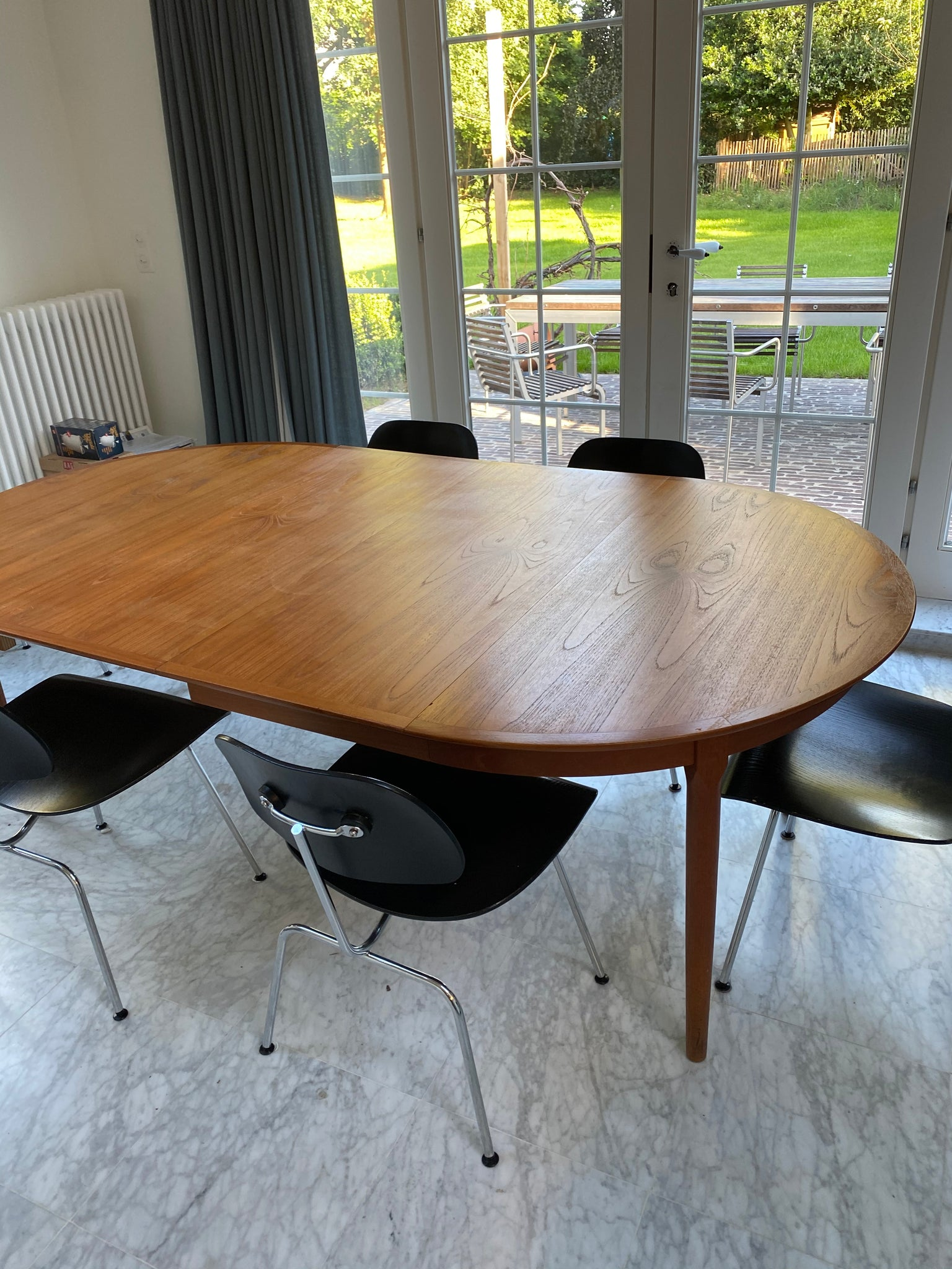 Tweedehands design Rosengaarden oval table