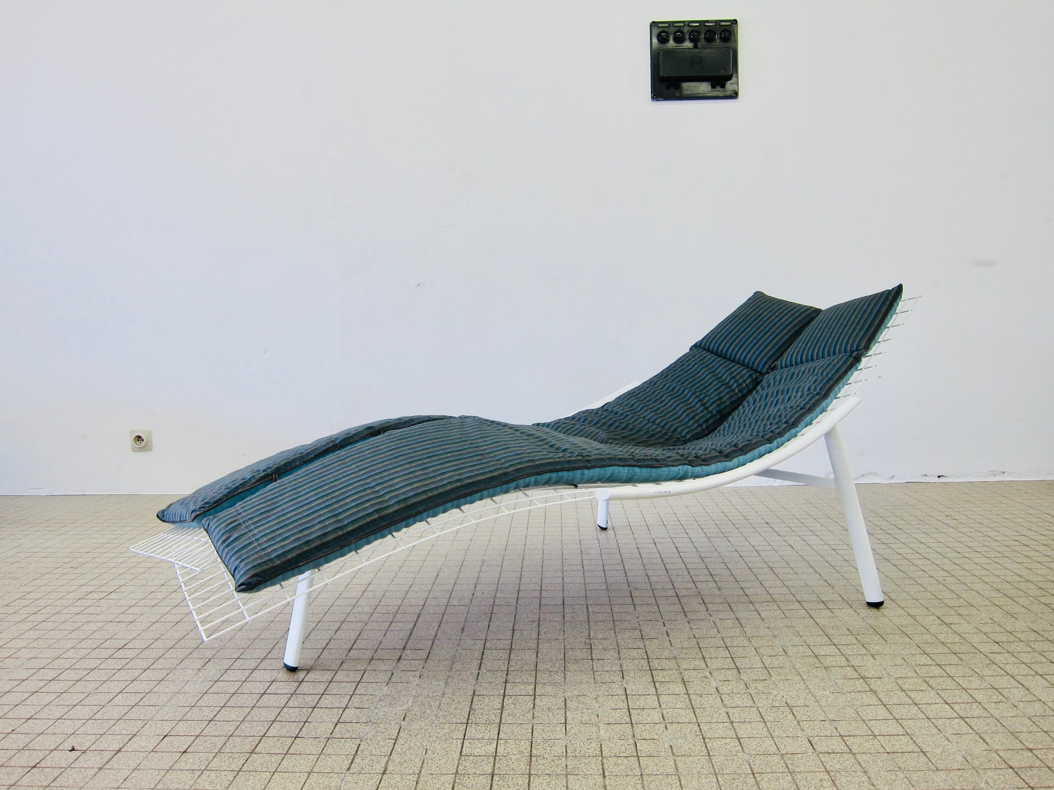 Saporiti 'Swing' chaise longue by Giovanni Offredi 1970s vintage design