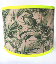 Load image into Gallery viewer, Tropical Snake Lampshade - Green