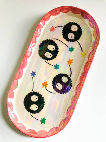 Soot Sprite Dish- Pink Border