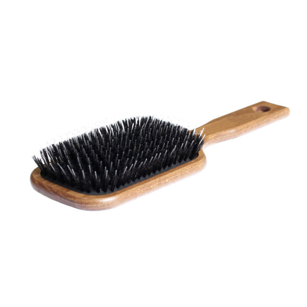Large bristle brush for hair extensions