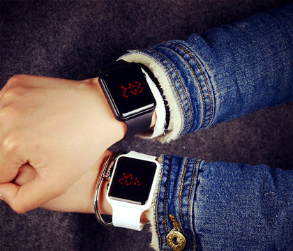 2018 factory direct sales new popular led apple watch couple couple fashion creative LED electronic watch
