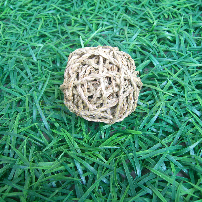 Pet favorite Molar grass rope ball Small pet fine-tuning toy Small and durable good companion
