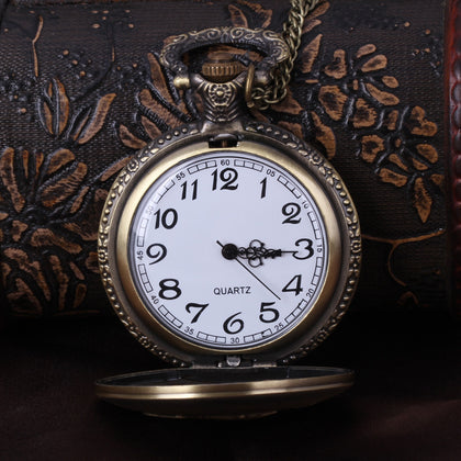 New foreign trade brand new fashion simple generous large auspicious fish retro big carp pocket watch wholesale 8154