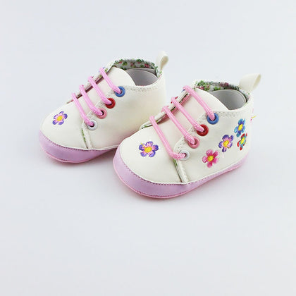 0-1 years old baby shoes new baby shoes soft bottom non-slip toddler shoes spring and autumn women's embroidered lace shoes wholesale