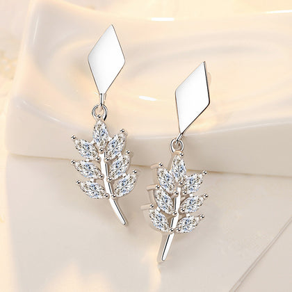 Tide ear buckle with diamond earrings leaf earrings female fashion new zircon white copper silver plated earrings cross-border supply wholesale