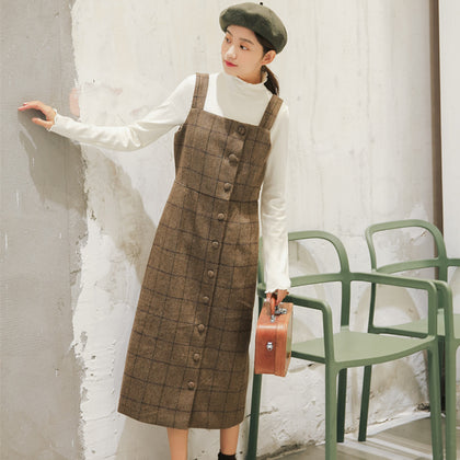 Dongdaemun 2019 autumn and winter new Korean version of the college style retro was thin plaid single-breasted strap woolen dress