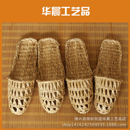 Men's and women's natural cattail woven straw shoes flat heel straw shoes hotel club beauty salon household manufacturers wholesale supply