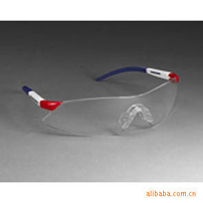Off-the-shelf 3M 1722 protective glasses, safety anti-fog glasses, fashion safety goggles