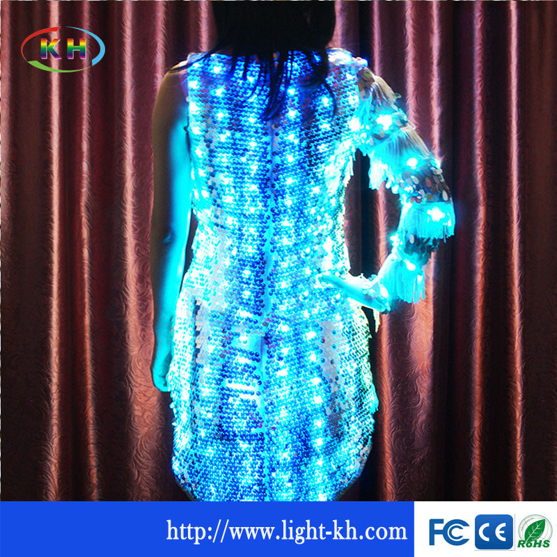 Science fiction WS2812 5V built-in IC small round board 10mm magic color point light source string board LED stage clothing