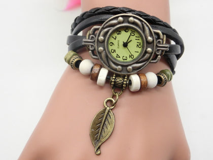 2017 new retro leaf pendant watch fashion hand-knitted imitation leather ladies bracelet quartz watch specials