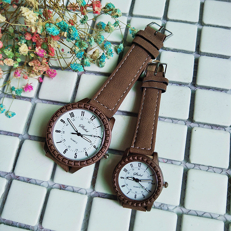 New Classic Men and Women Couple Watches Imitation Wood Grain High-grade Belt Quartz Watch Wholesale