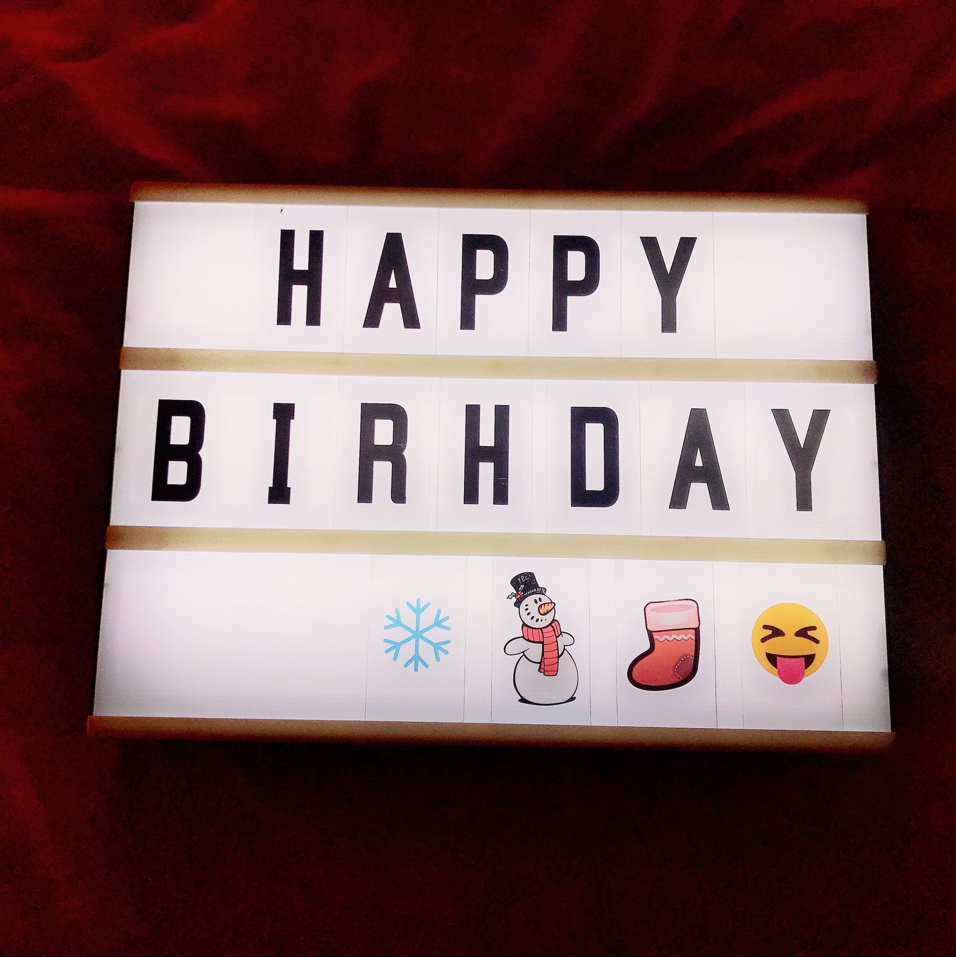 Isn elegant girl heart LED light box room decoration A4 light box 96 letters DIY group with bedroom room decoration
