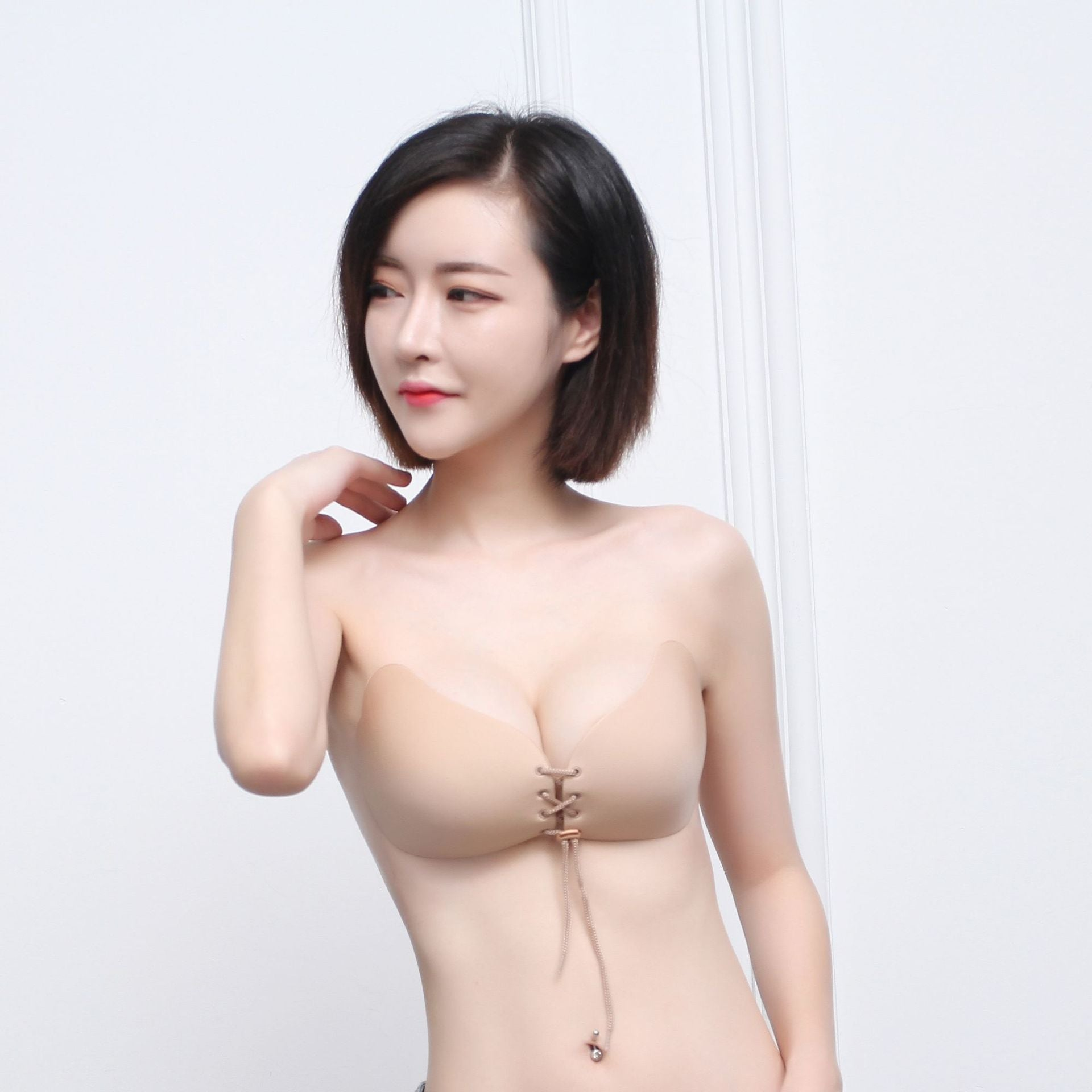 Explosion Lala Goddess chest stickers drawstring invisible silicone bra new gathering Lala temptation seamless bra wholesale