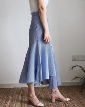 Load image into Gallery viewer, Bonita Skirt Blue