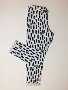 White and Black strokes Leggings 1-2 years