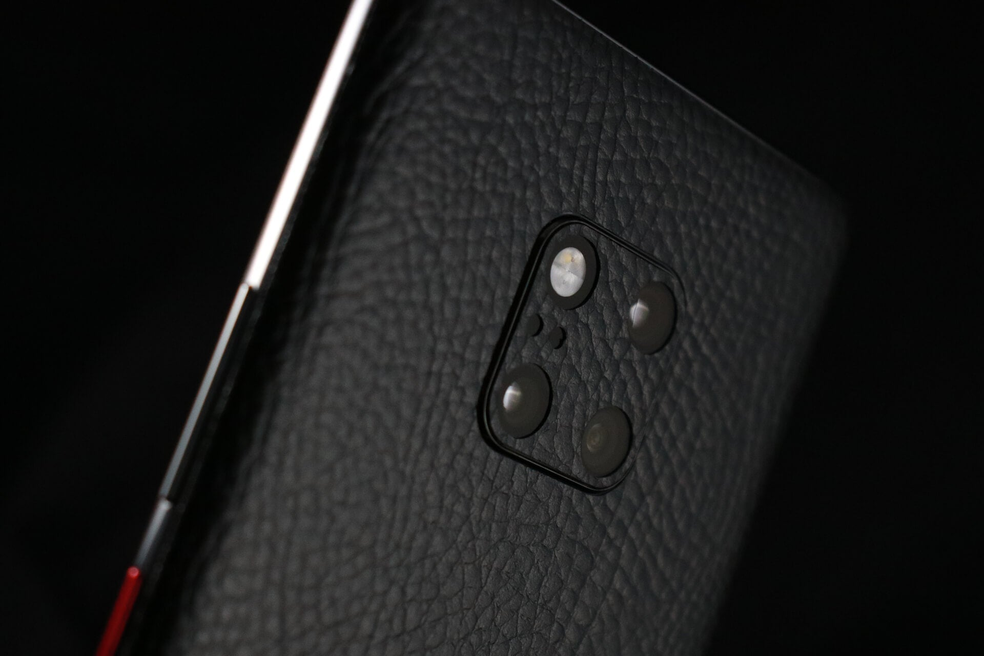 Huawei Mate 20 Pro Black Leather Skins