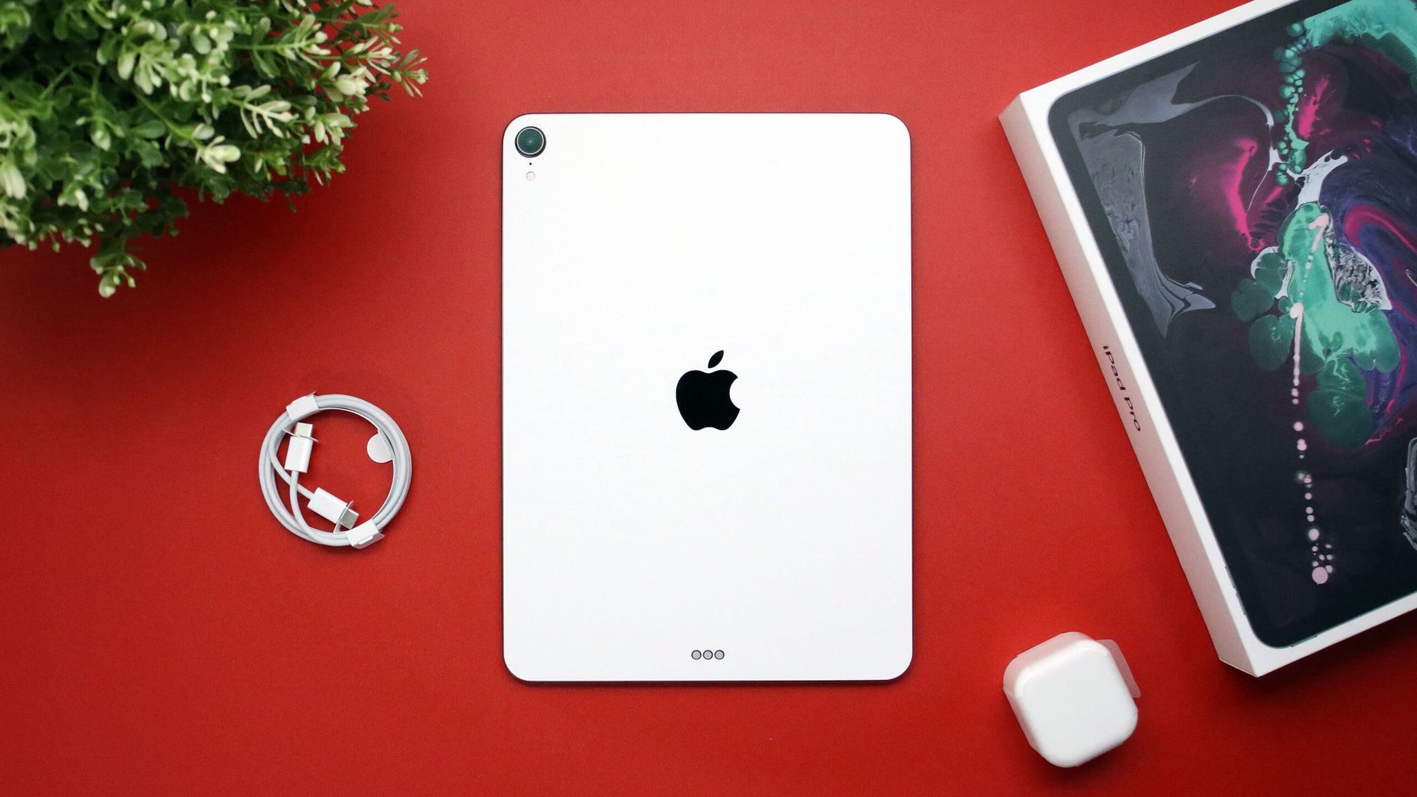 "iPad Pro 11"" (2018, Gen 1) Textured Matt White Skins"