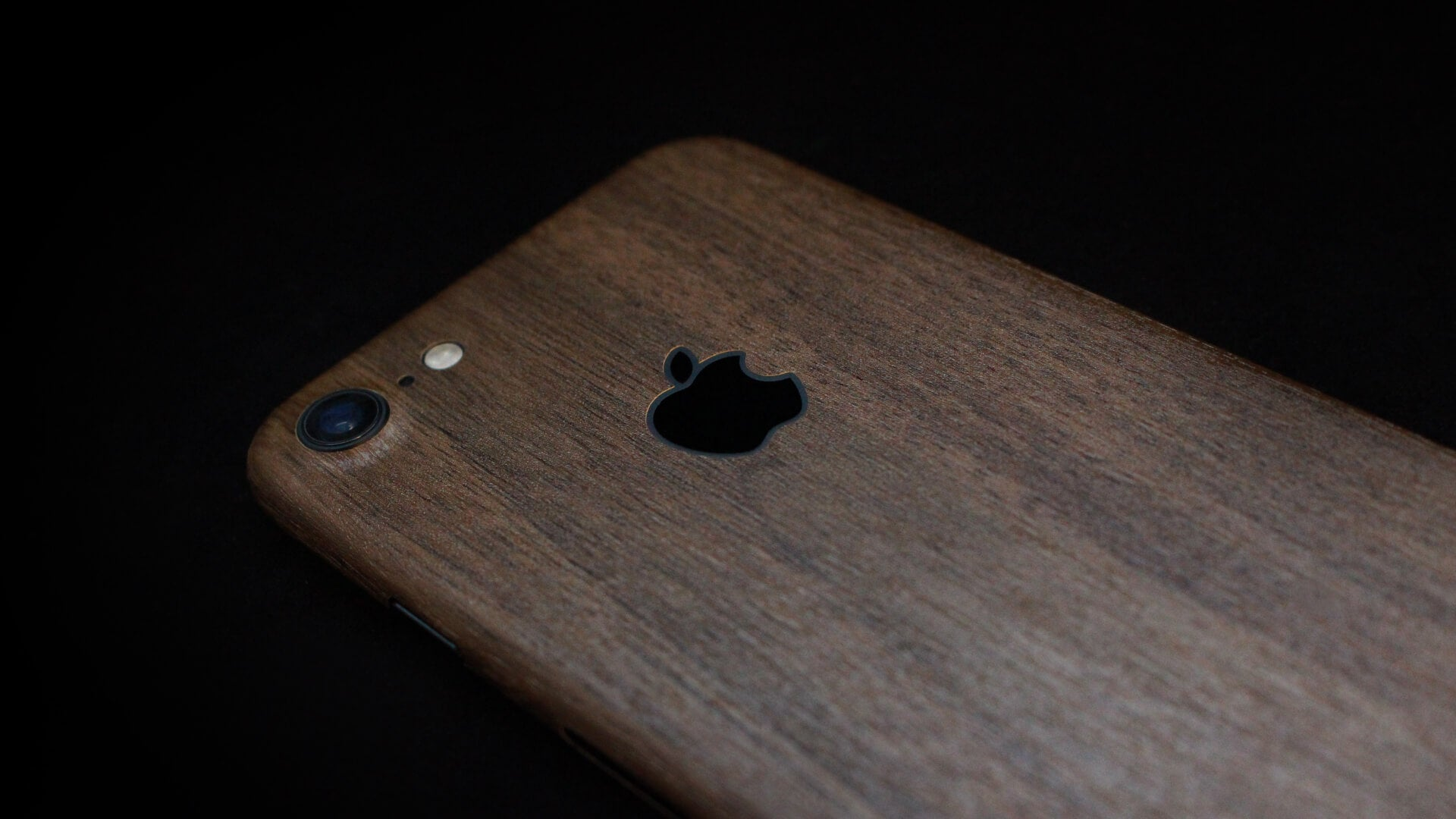 iPhone 7 Dark Oak Wood Skin