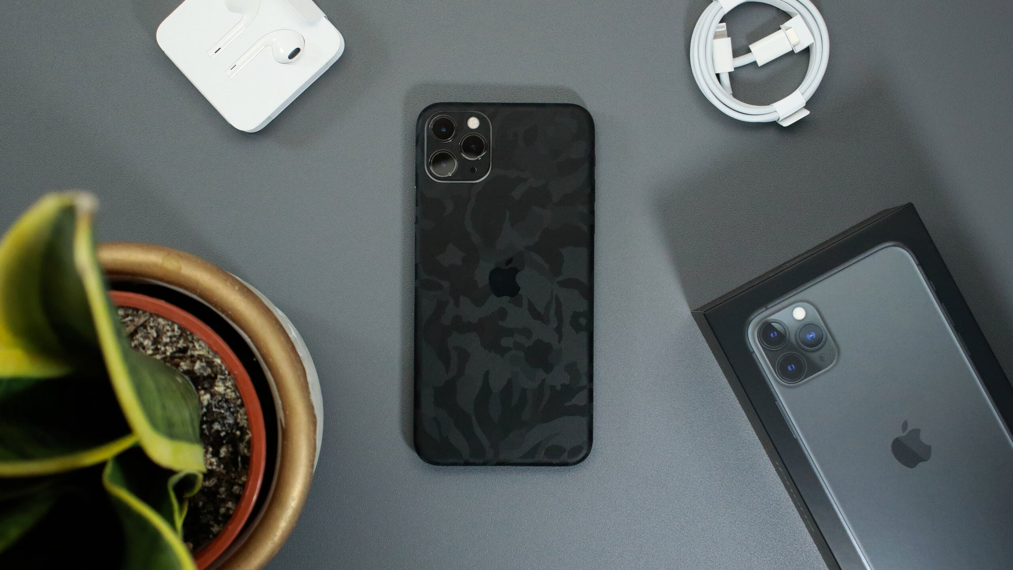 iPhone 11 Pro Max Black Camo Skins