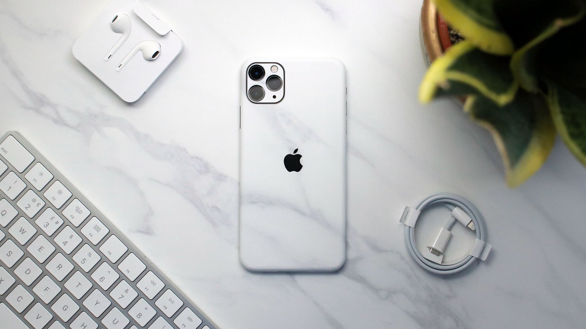 iPhone 11 Pro White Marble Skins