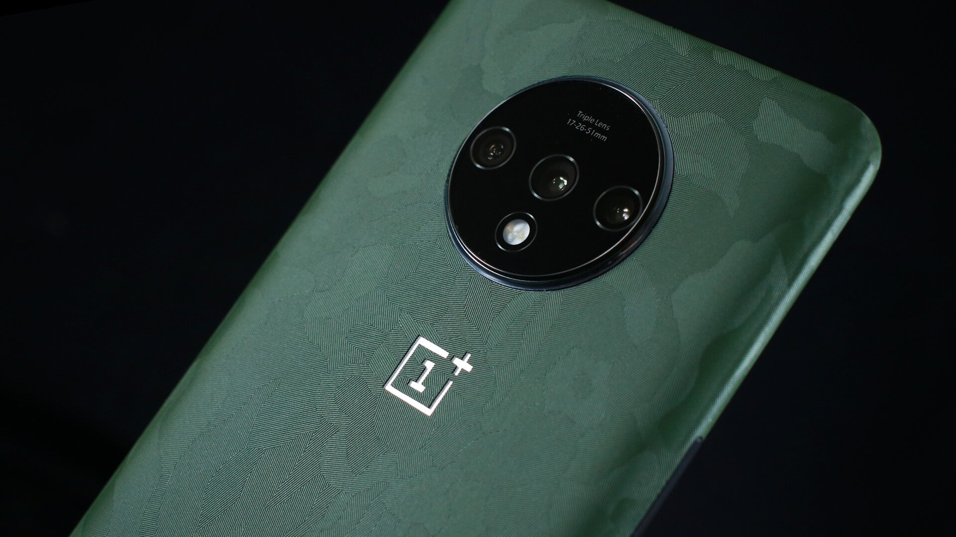 OnePlus 7T Green Camo Skins