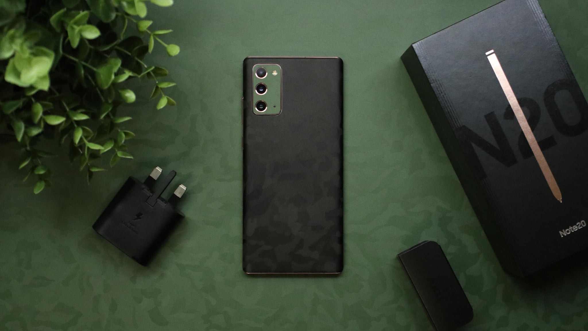 Samsung Galaxy Note 20 Black Camo Skins