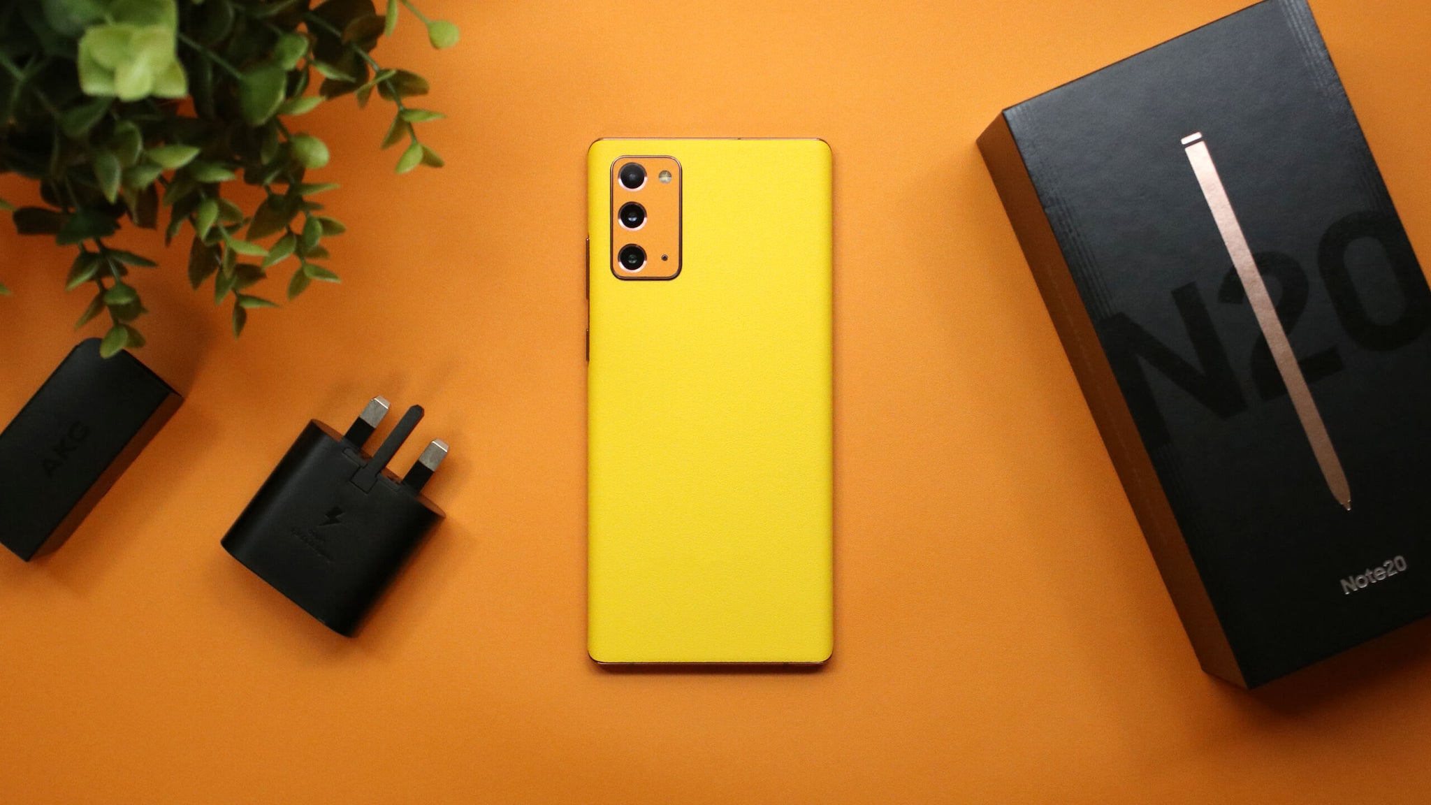 Samsung Galaxy Note 20 Textured Matt Yellow Skins