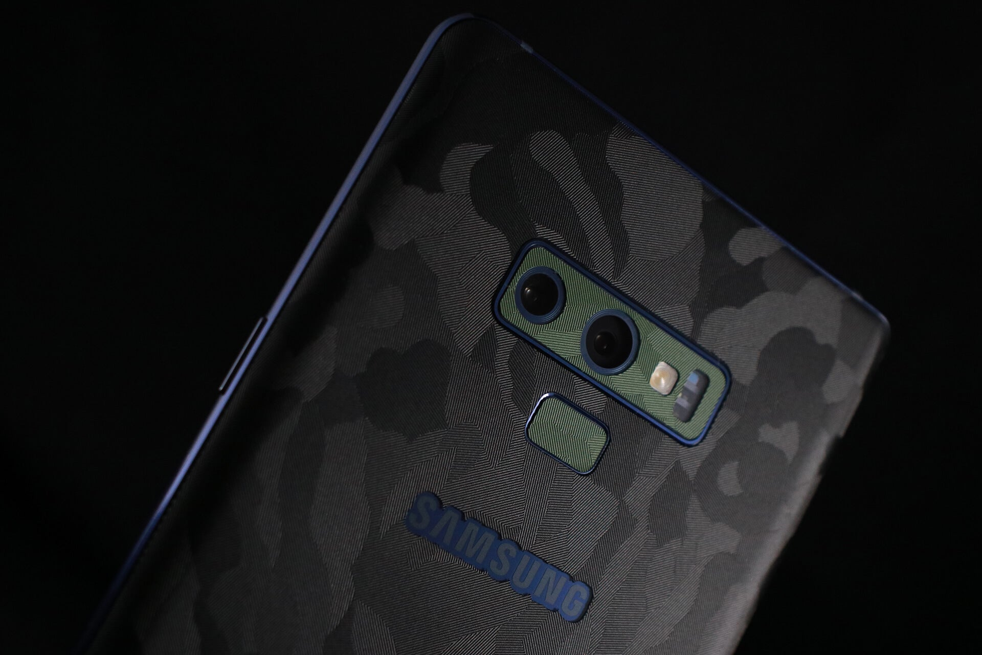 Samsung Galaxy Note 9 Black Camo Skins