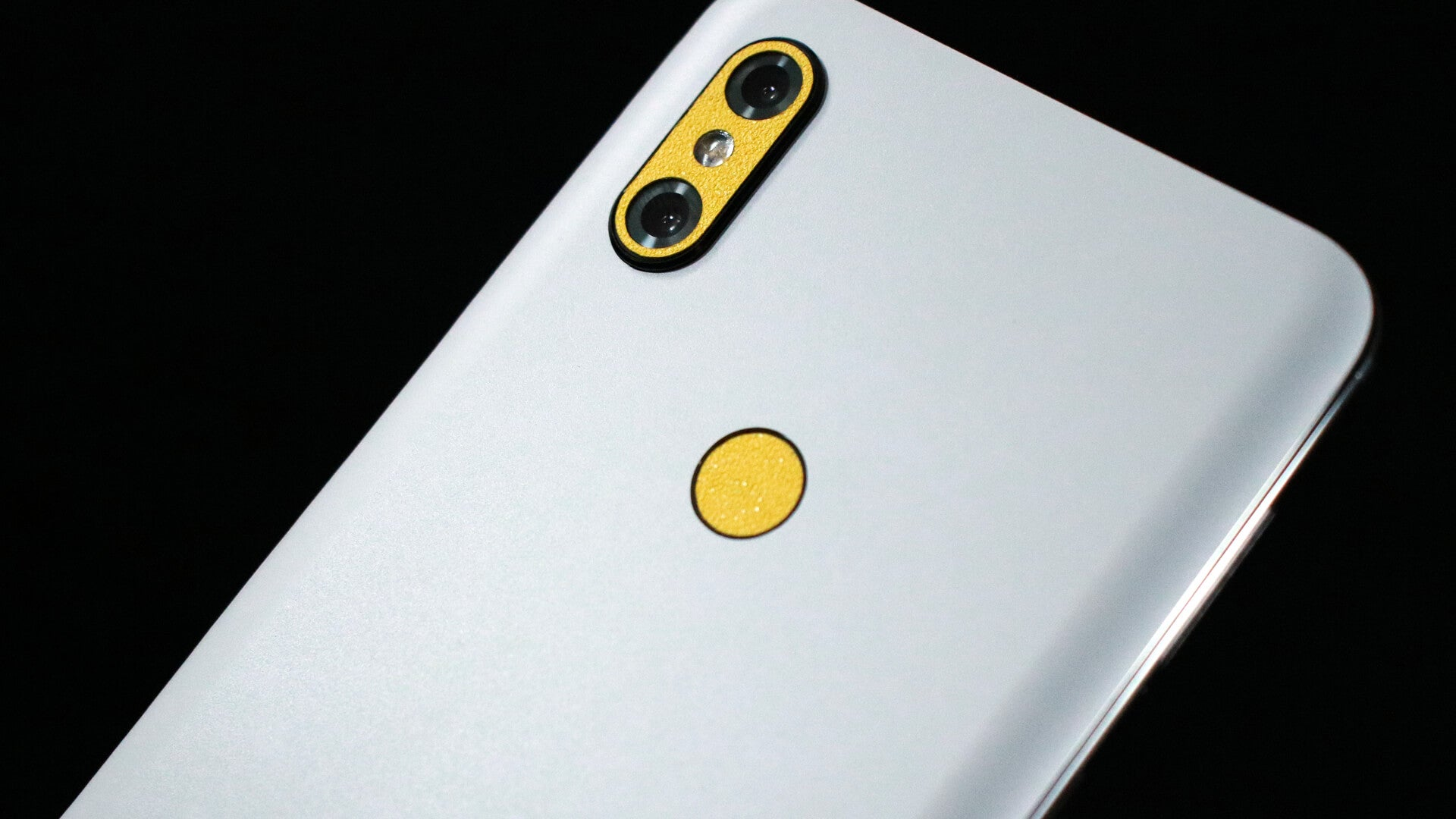Xiaomi Mi Mix 3 Matt White Skins