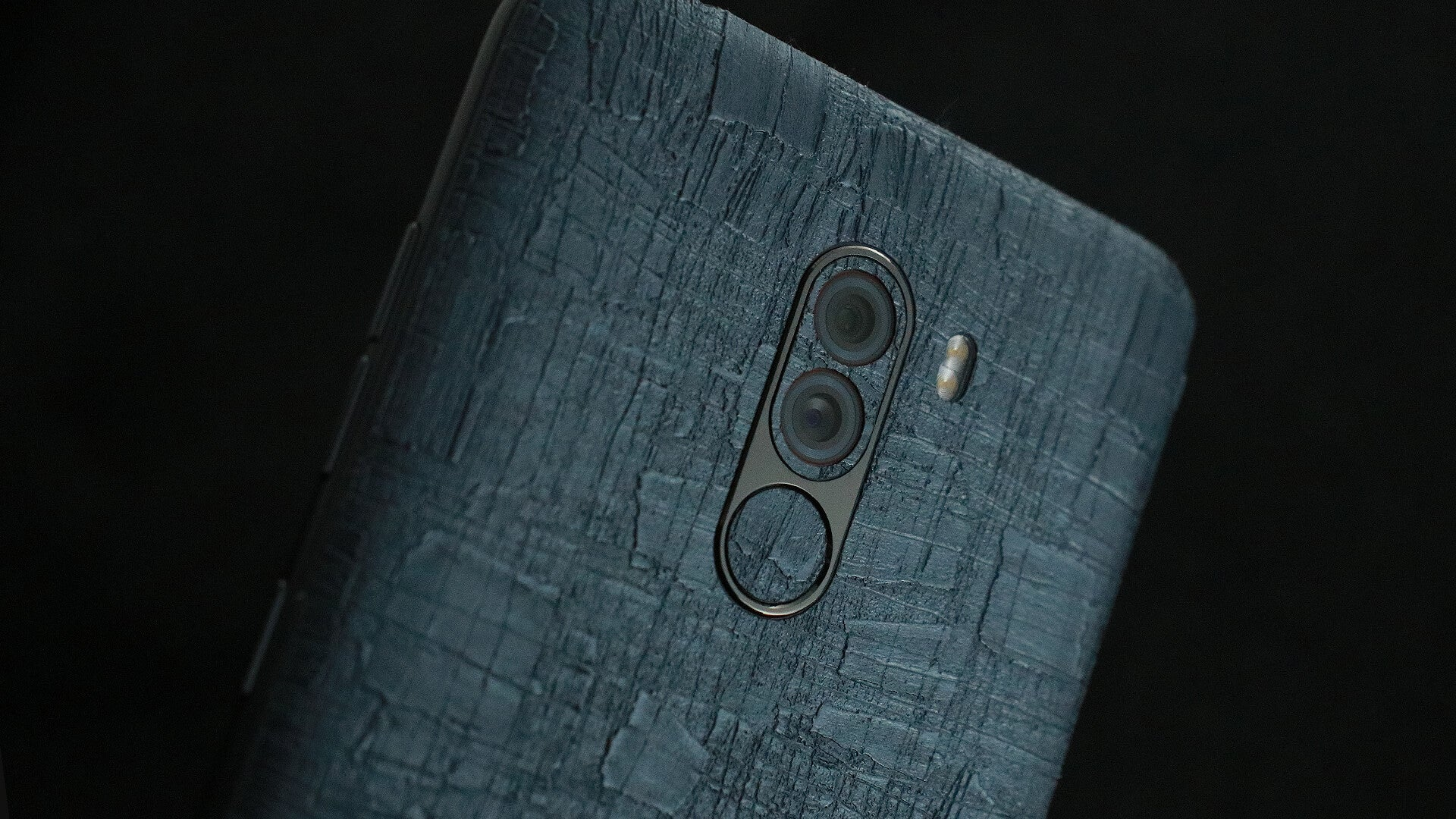 Xiaomi Pocophone F1 Carved Charcoal Skins