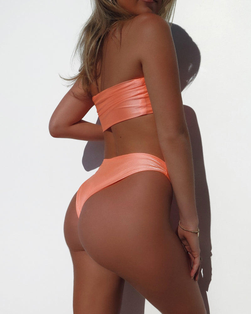 CHEEKY BOTTOMS- Shimmer Peach