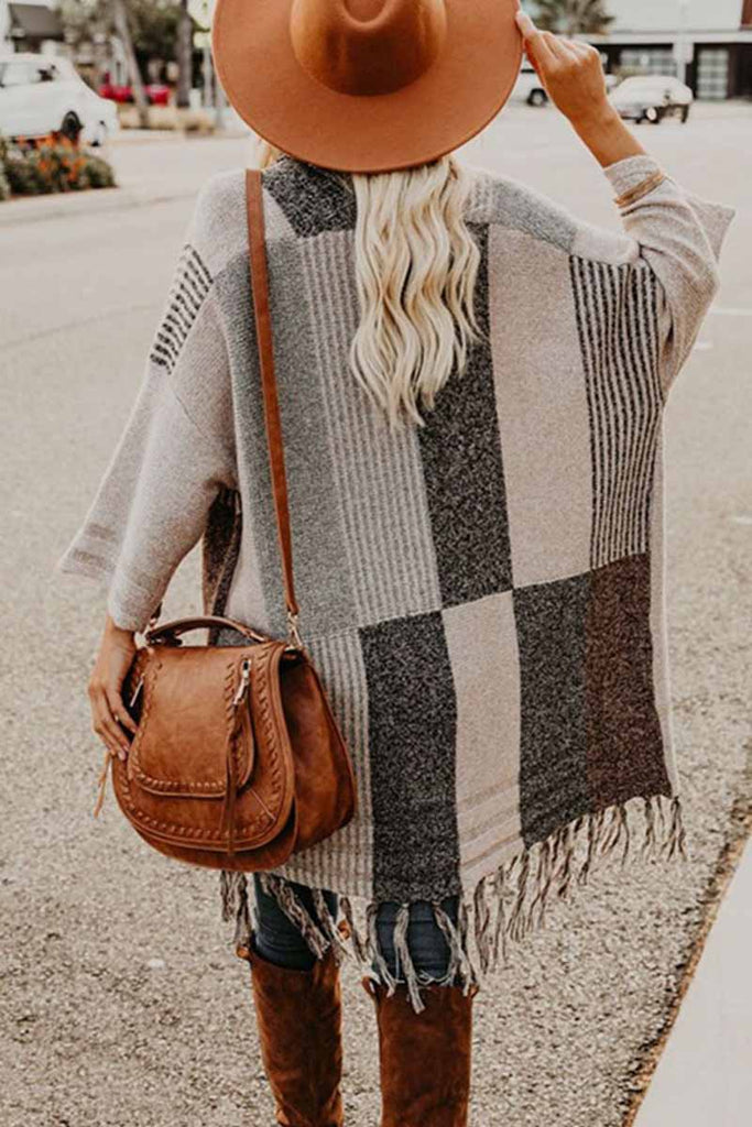 Chicindress Contrast Tassel Knit Coat