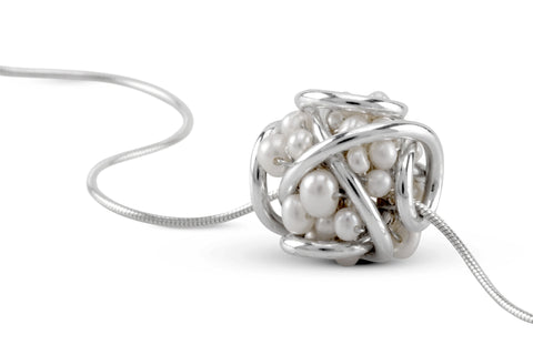 The Pearl Cluster Pendant Necklace