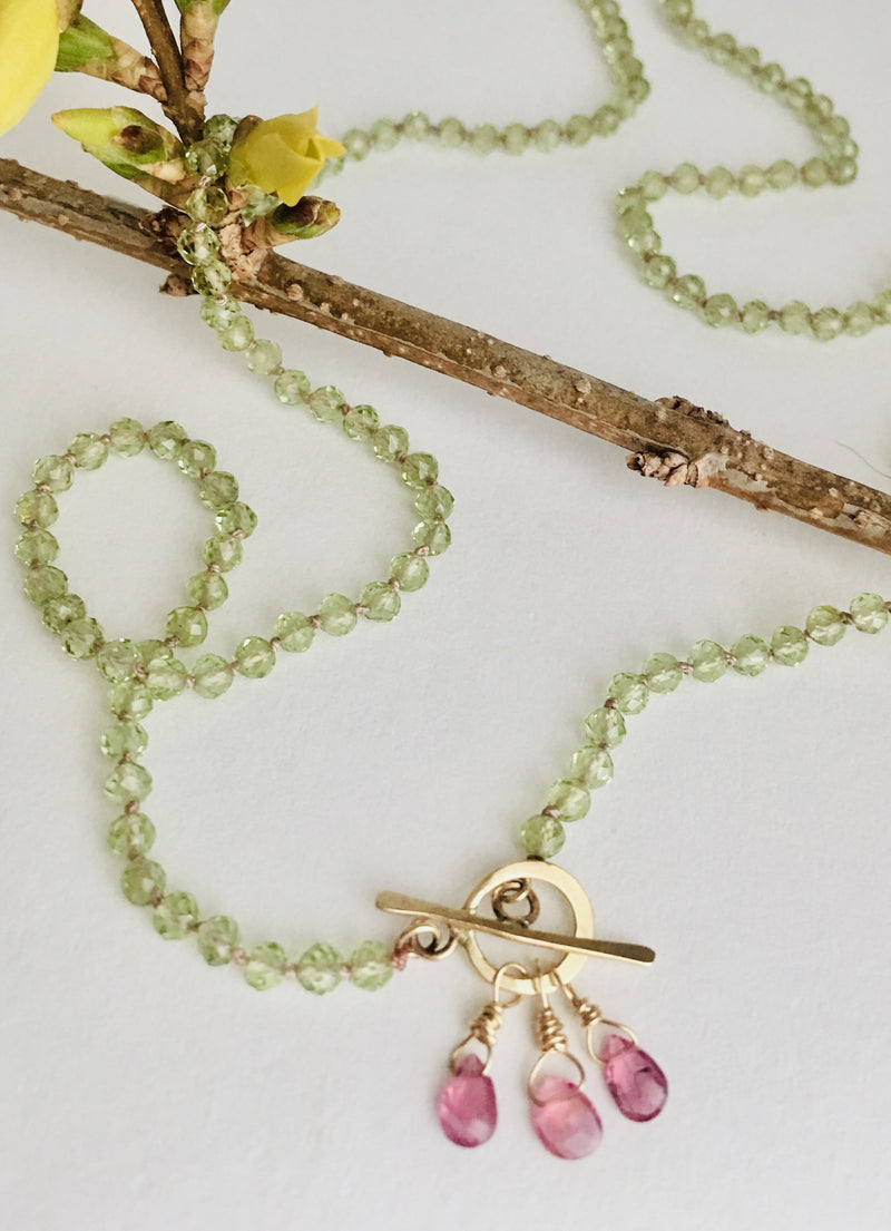 Hand Knotted Peridot Necklace