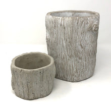 Load image into Gallery viewer, Faux Bois Concrete Planter