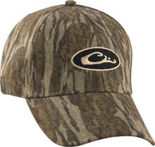 Load image into Gallery viewer, Waterproof Camo Cap