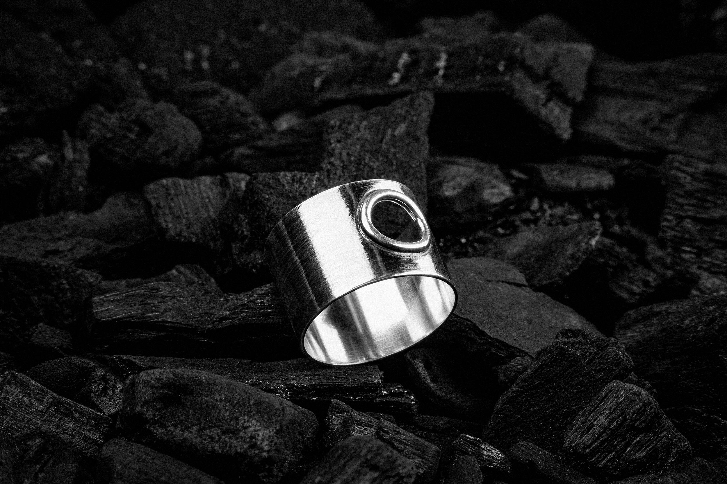 Peephole Ring - Natt Jewellery