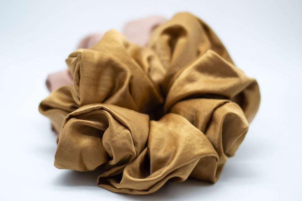 Satin Cloud Scrunchie - Chai