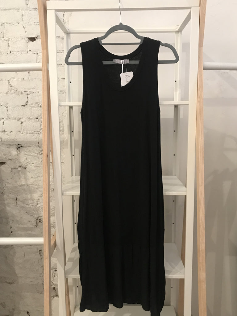 Fara Sleeveless Dress - Black