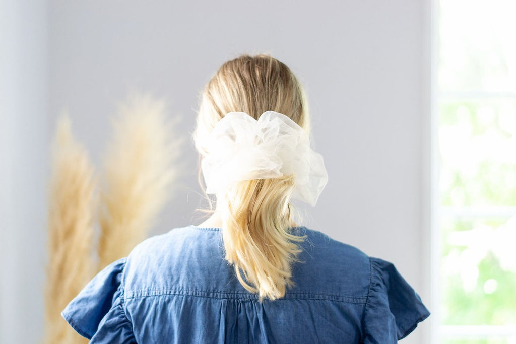 Cloud Scrunchie - Ivory