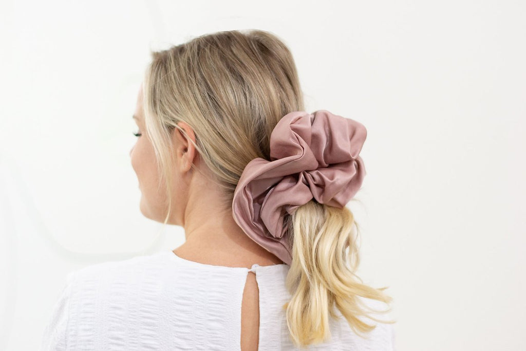 Satin Cloud Scrunchie - Blush