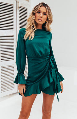 CHASING DREAMS DRESS - FOREST GREEN