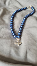 Load image into Gallery viewer, STATUS KING'S BLUE Pearl BEE Necklace (Choker) with Swarovski Crystal Pearl Plated Silver