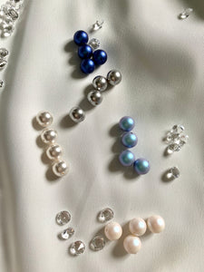 Pearl Necklace with Swarovski Crystals And Crystal Stopers